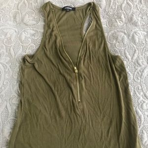 Ambiance tank with zip up front